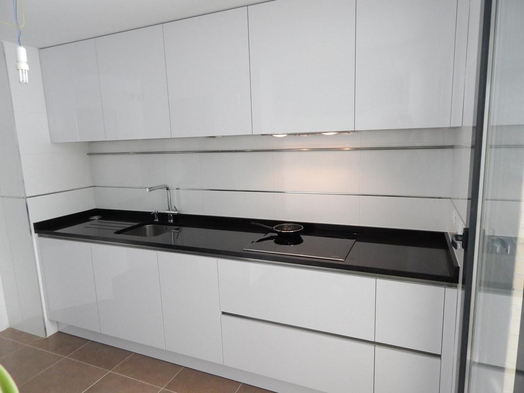 Muebles de cocina especialistas en diseño sin tiradores