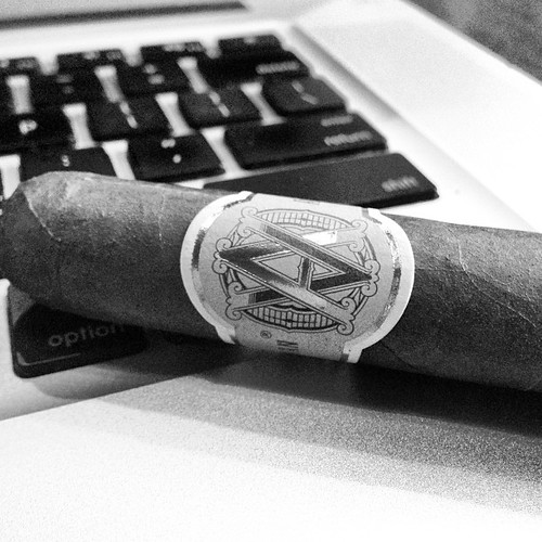 Its an AVO night. Lets start with a @AvoCigars Classic
