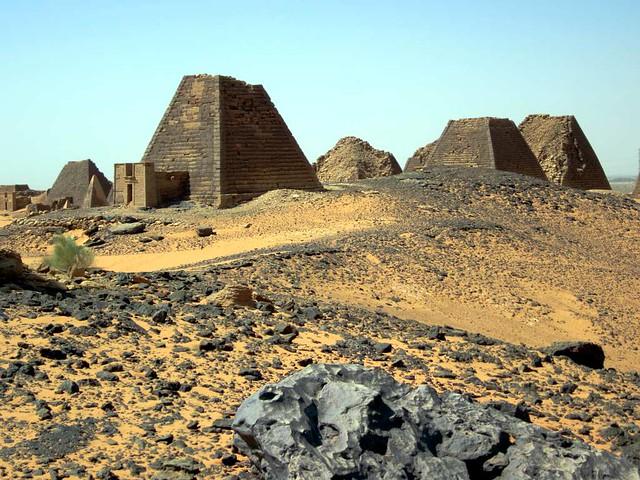 Pirámides Begrawiya. Meroe, Sudan