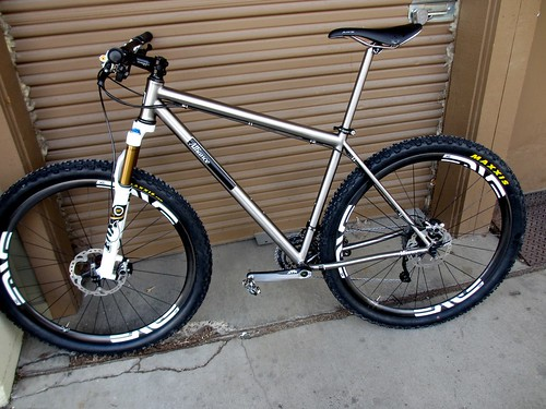 "Don's trail 29er. 120mm Fox F29, Full Shimano XTR, Enve wheels with 2.4""/2.25"" Maxxis Ardents, Titanium seatpost, and some other goodies. 22.8 pounds with pedals"