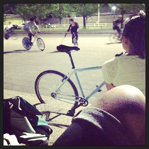 17th, Apr. 2013 at Komazawa park / 1st shorts day in this year.