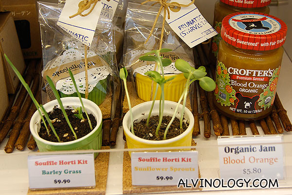 You can also buy some plants and other organic products at Frunatic