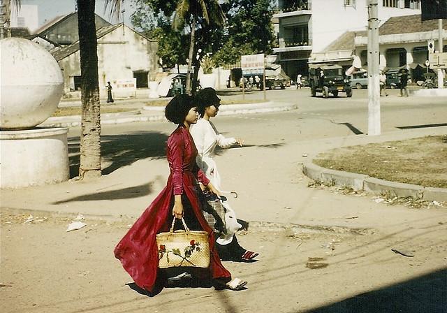 Nha Trang 1966-67 - Vietnamese Beauties