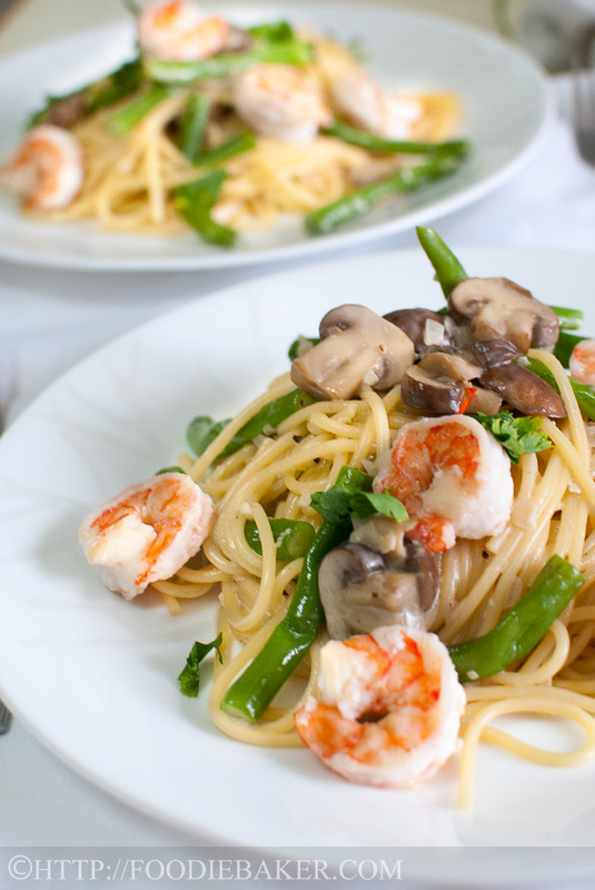 Creamy Mushrooms and Prawns Pasta