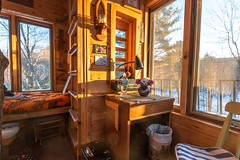 The Tiny Fern Forest Treehouse - Lincoln, VT - 2013, Feb - 10.jpg by sebastien.barre