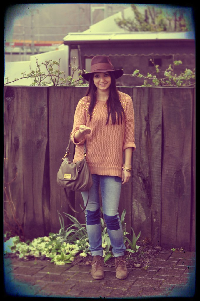 outfit hat