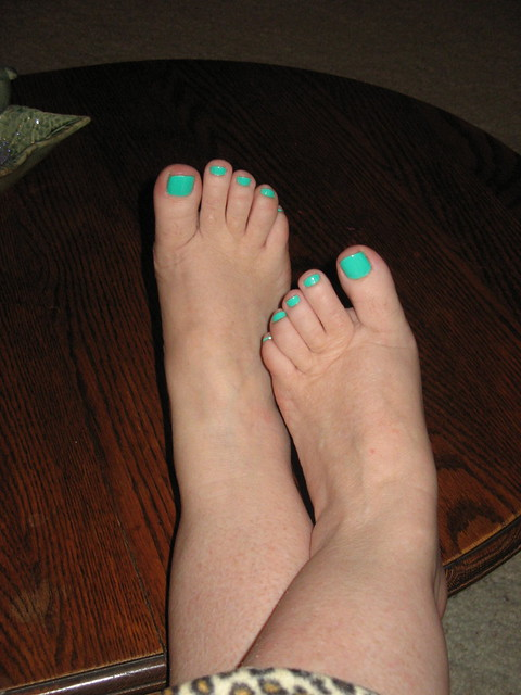 Carol's Toes painted 01