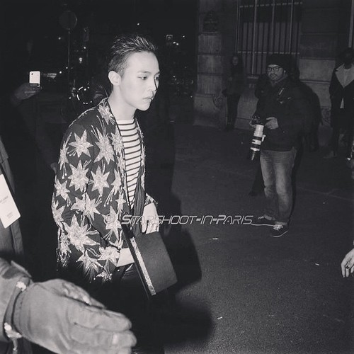 G-Dragon - Saint Laurent Fashion Show - 25jan2015 - starshootinparis - 02