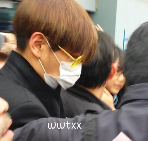 TOP arriving Hong Kong 2015-03-13 wwtxx