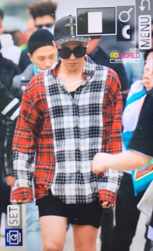 Big Bang - KBS Music Bank - 15may2015 - G-Dragon - GD World - 03