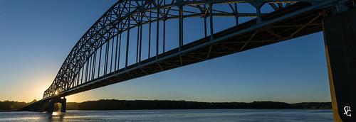 dubuque iowa pano panorama sunrise dawn juliendubuquebridge mississippiriver river
