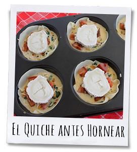 De quiche española voordat hij de oven ingaat