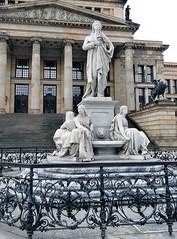 Das Schiller-Denkmal