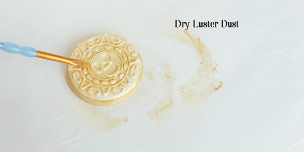 dry luster dust