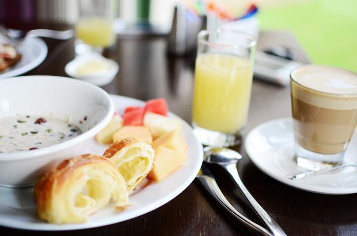 breakfast a