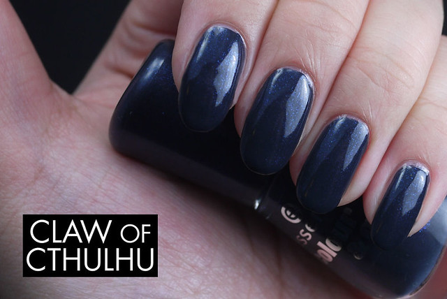Essence Date in the Moonlight Swatch