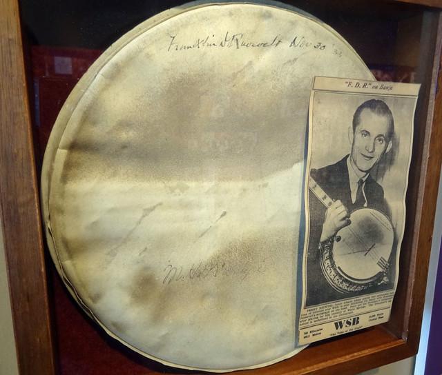 franklin roosevelt fdr autographed banjo