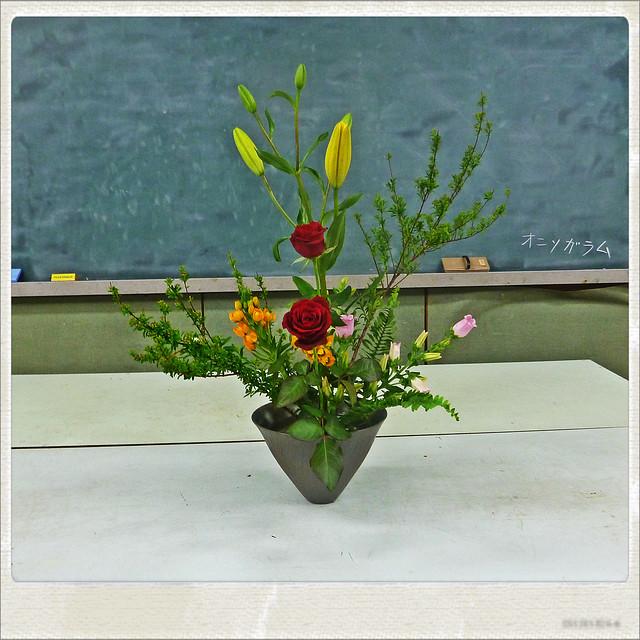 【盛花】イワテマリ、バラ、スカシユリ【2013_04_27】