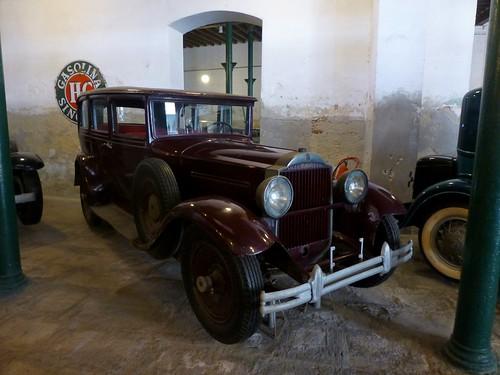 Packard - Depósito del Automóvil, La Habana, Cuba