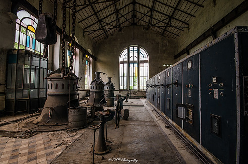 Turbines inna cathedral! by MC-URBEX