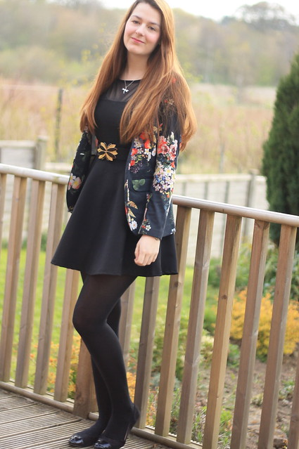 OOTD, outfit of the day, floral jacket, pinafore dress, black tights, flats