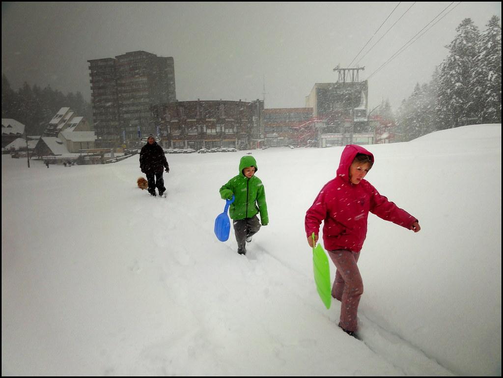 dh - de la neige un 25 mai : allons faire de la luge alors !