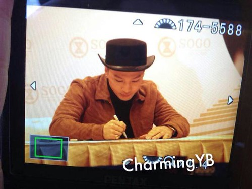 YB-Fanmeeting-HongKong-20141215-more-11