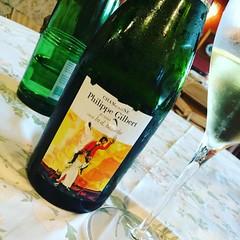 Finiamo così #champagne #visioni #noi #vacanzeperenni