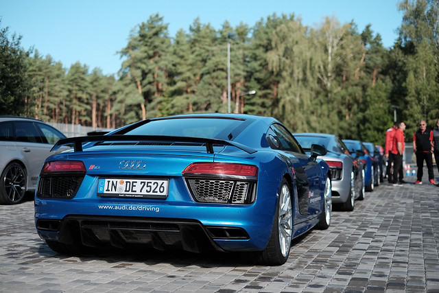 Audi R8 V10 Plus (4S)