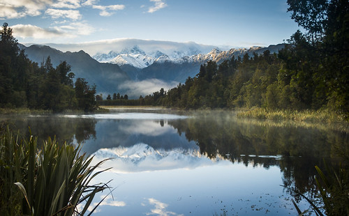 newzealand mist lake reflection fog sunrise nikon relaxing peaceful nz southisland westcoast lakematheson d700 nznikond700