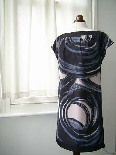 swirly dress - front