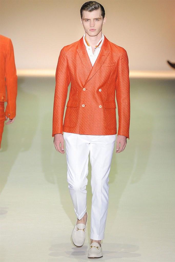 Taylor Cowan3026_SS13 Milan Gucci(VOGUE)