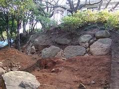 小牧山城の石垣