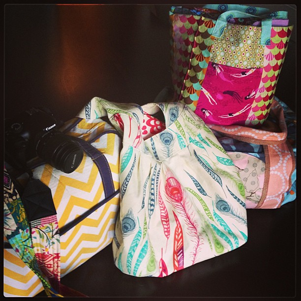 Now THIS is how you travel handmade! A Weekender, a Birdie Sling, a duffel, and a Jane Market tote! #thestashbash