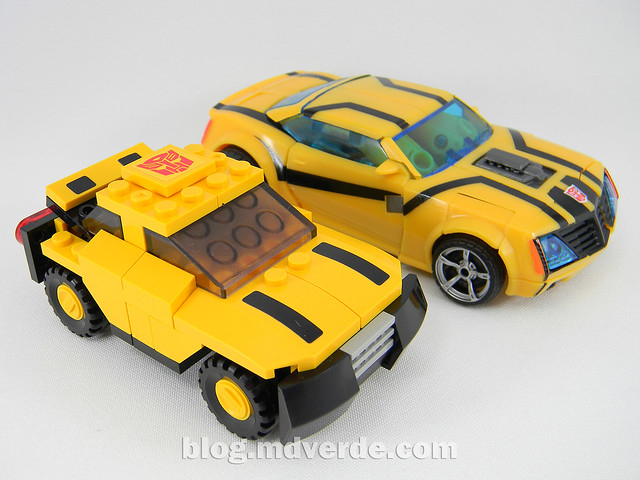Transformers Bumblebee - Kre-O - modo alterno vs TF Prime FE