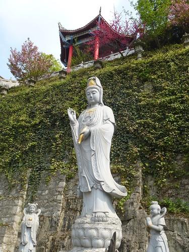 Guizhou13-Zunyi Temple Xiangshan (8)