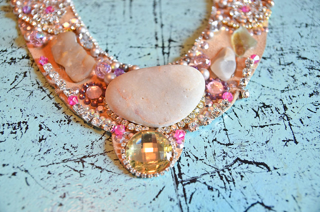 pink_stones_necklace-4-2