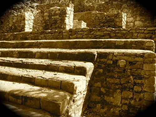 Construcción maya en Cobá
