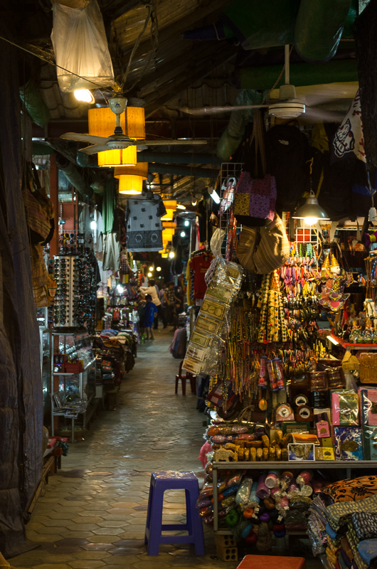 Siem Reap Night Market stalls