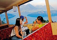 Swiss Half Fare Card– vlakem, busem, lodí, mhd ihorskými železnicemi a lanovkami