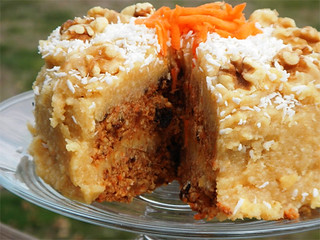 Raw Carrot Cake Recipe