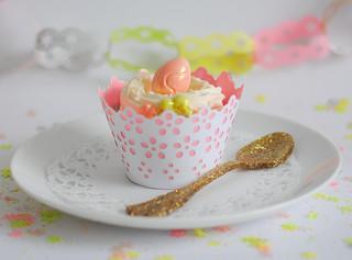 Peach & custard cupcake