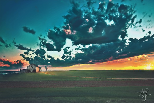 sunset composite clouds barn photoshop landscape countryside colorful country maryland wideangle fields cloudscape d800 prettyclouds colorfulsky nikond800 landscapeinspiration southernmarylandlandscape