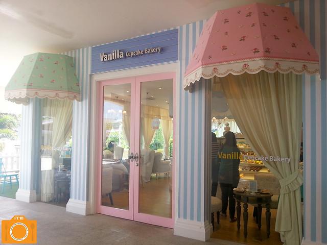 Vanilla facade