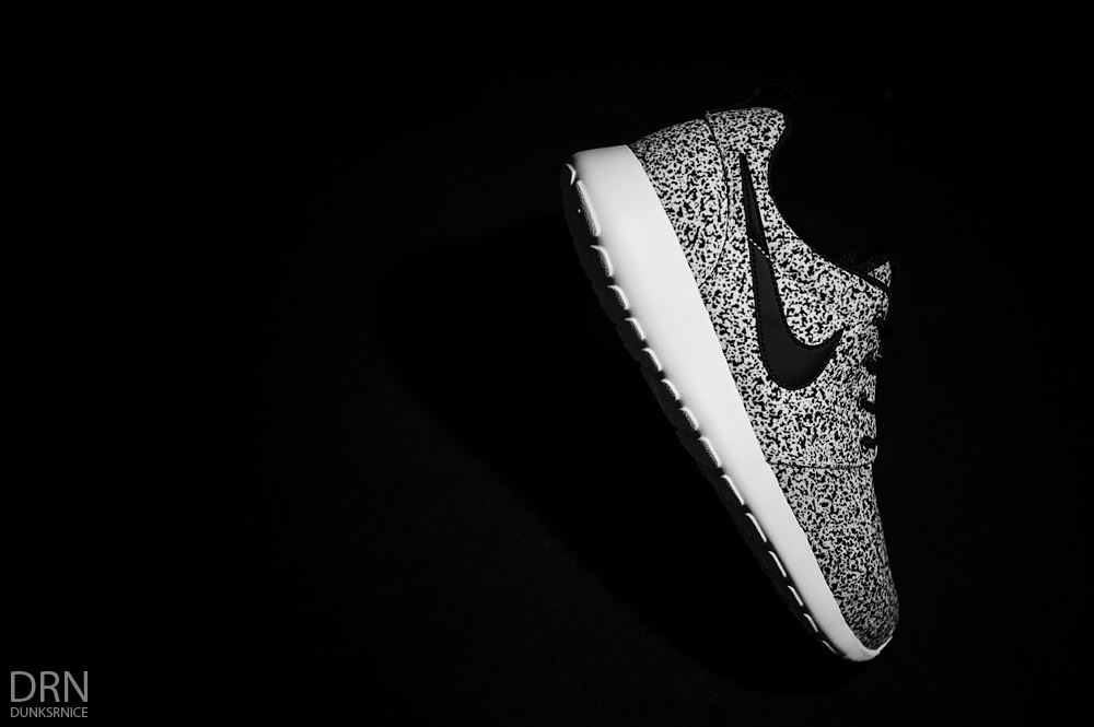 Black & White Speckle Roshe Runs.