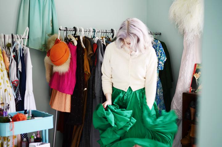 vintage-green-ruffle-skirt b