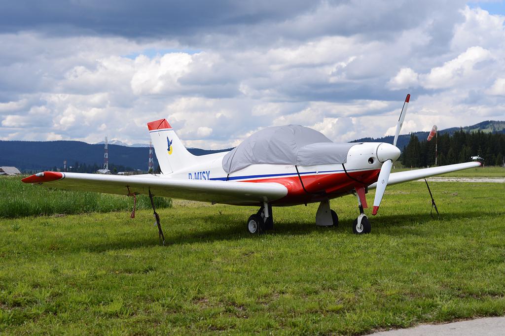 Suceava, Vatra Dornei - Aerodromul Floreni (LRFL) - Pagina 8 8926279715_c47ff05f42_o