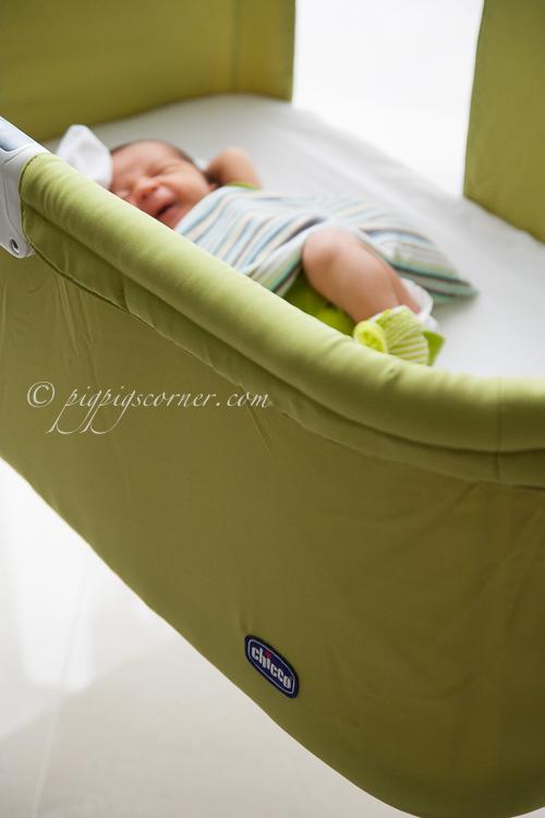 pigpigscorner baby in Chicco cot