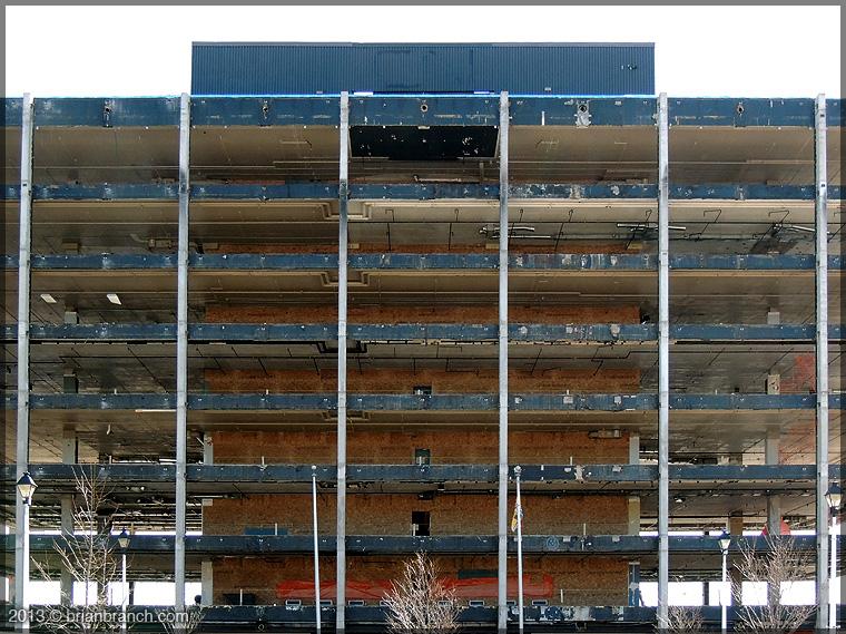 DSCN0460_CN_building