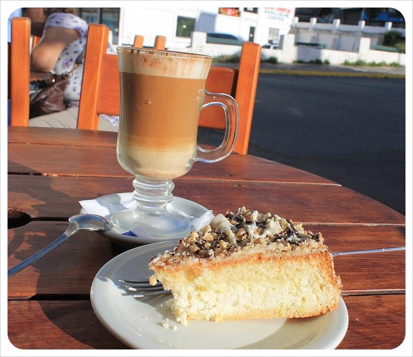 coffee and cake in bariloche